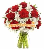 Roses and alstroemeria